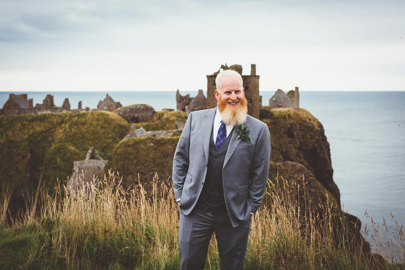 dunnottar castle elopement wedding photographer scotland scottish highlands abderdeenshire aj 0008