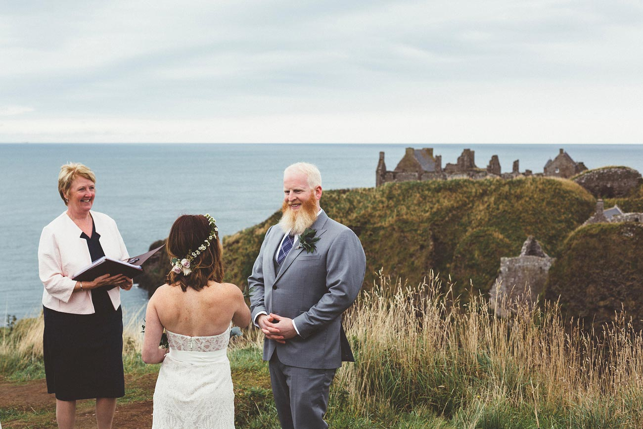 dunnottar castle elopement wedding photographer scotland scottish highlands abderdeenshire aj 0010