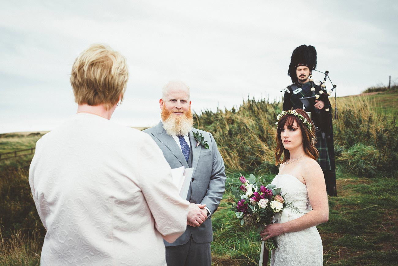 dunnottar castle elopement wedding photographer scotland scottish highlands abderdeenshire aj 0011