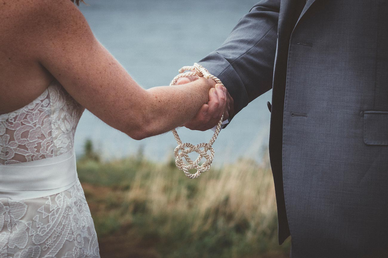 dunnottar castle elopement wedding photographer scotland scottish highlands abderdeenshire aj 0013