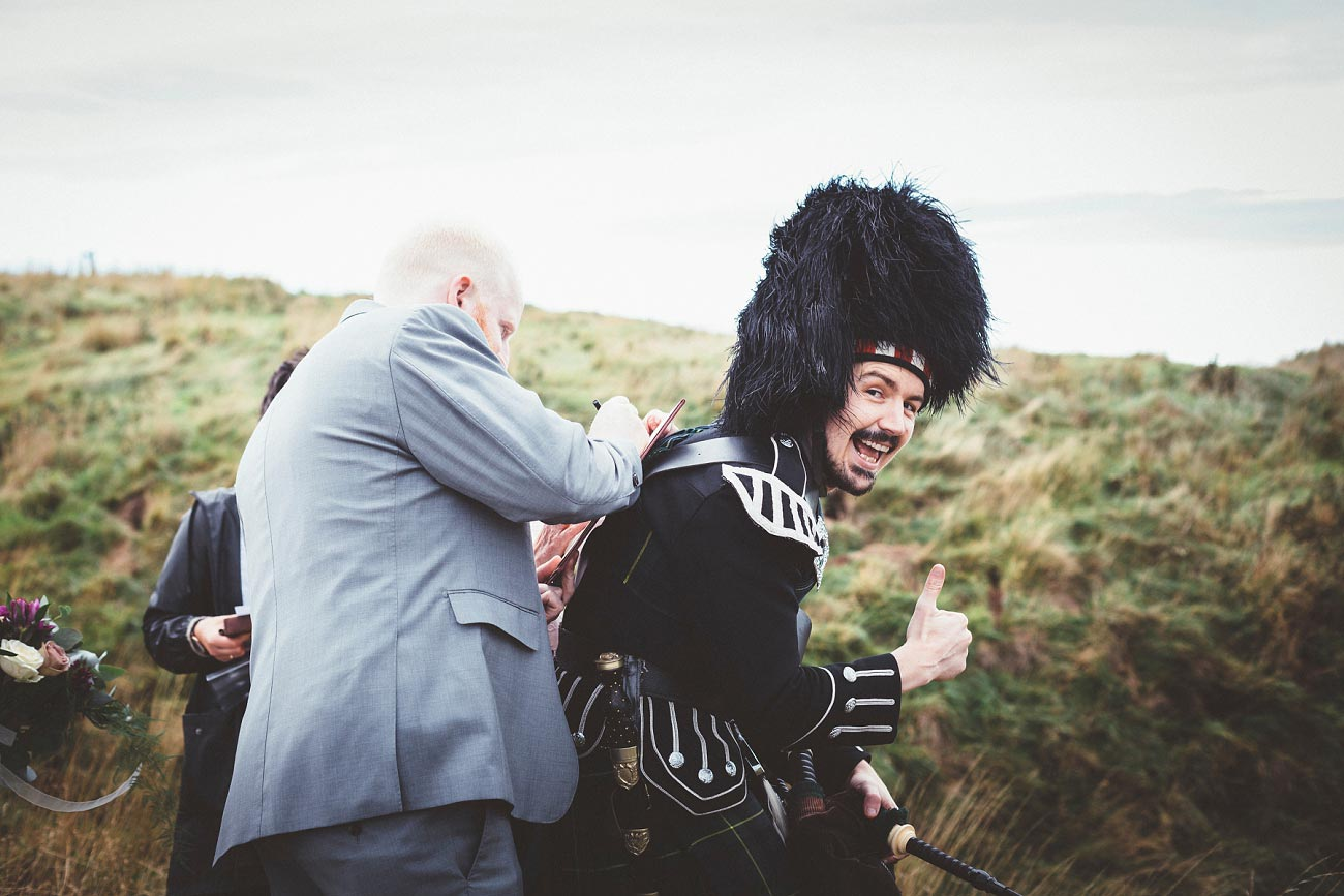 dunnottar castle elopement wedding photographer scotland scottish highlands abderdeenshire aj 0018