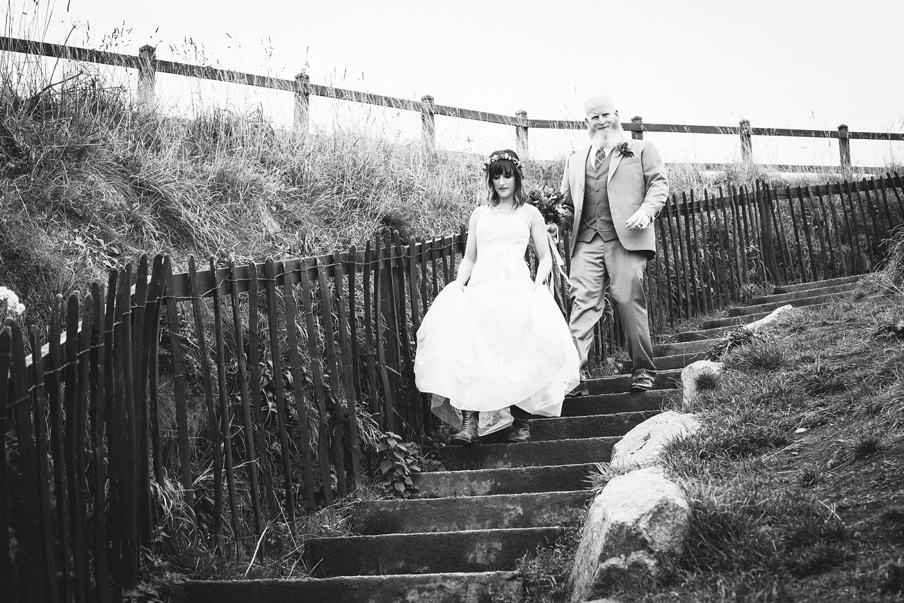 dunnottar castle elopement wedding photographer scotland scottish highlands abderdeenshire aj 0022
