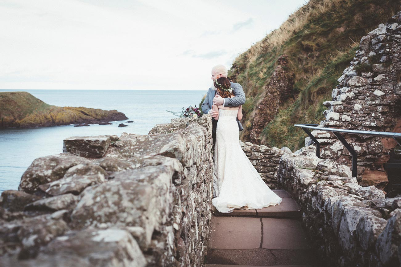 dunnottar castle elopement wedding photographer scotland scottish highlands abderdeenshire aj 0029