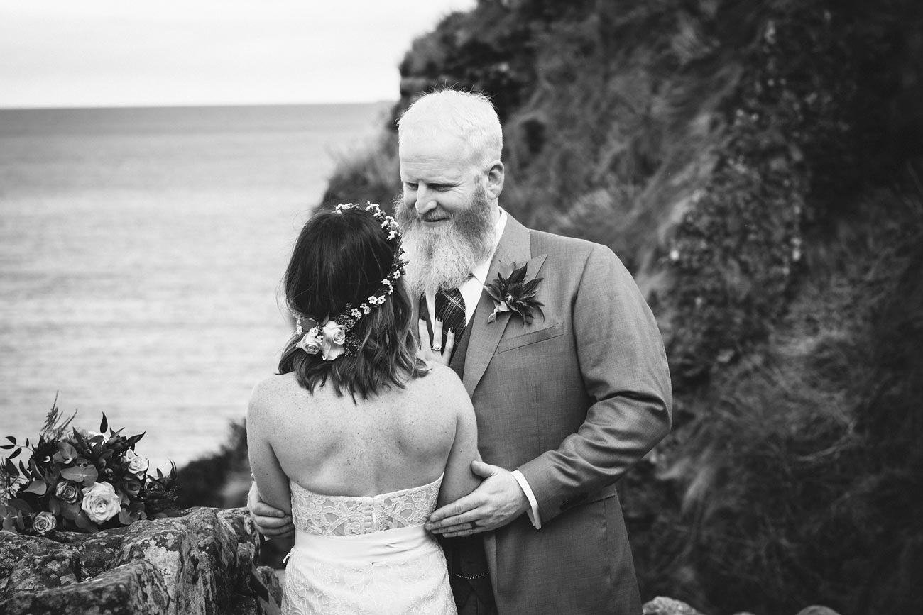 dunnottar castle elopement wedding photographer scotland scottish highlands abderdeenshire aj 0030