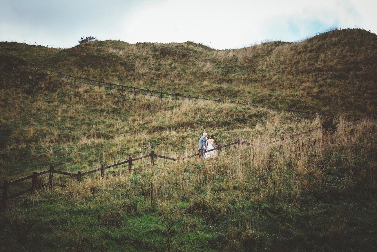 dunnottar castle elopement wedding photographer scotland scottish highlands abderdeenshire aj 0036