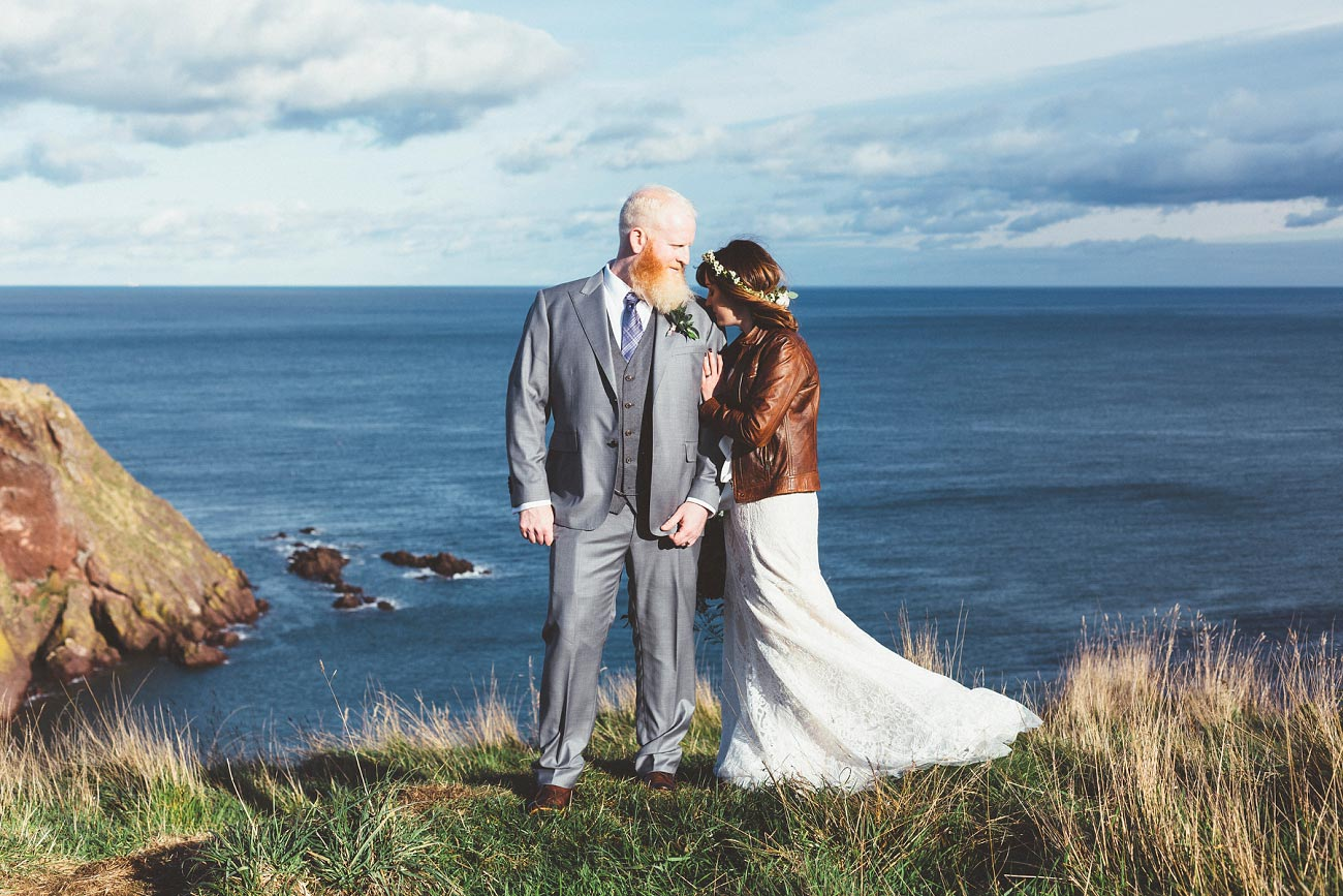 dunnottar castle elopement wedding photographer scotland scottish highlands abderdeenshire aj 0041