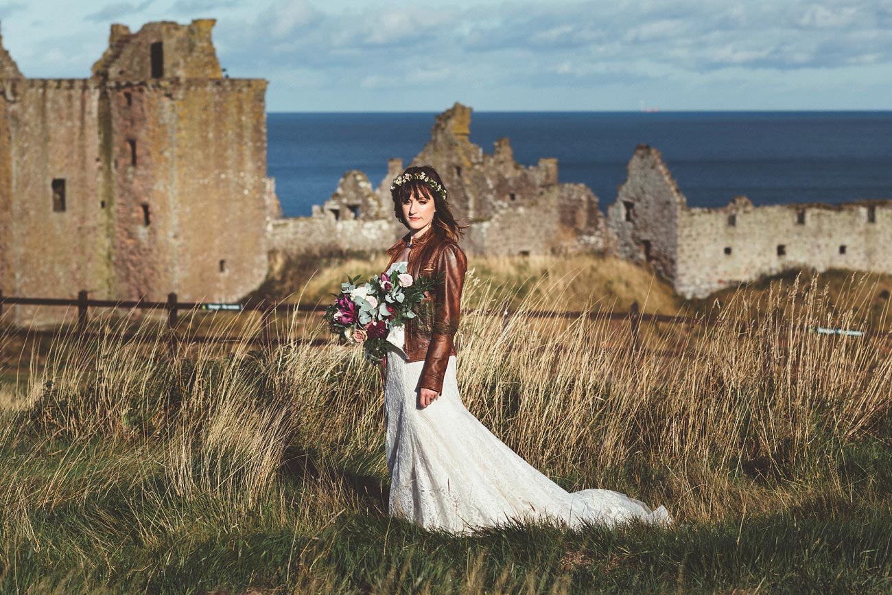 dunnottar castle elopement wedding photographer scotland scottish highlands abderdeenshire aj 0043