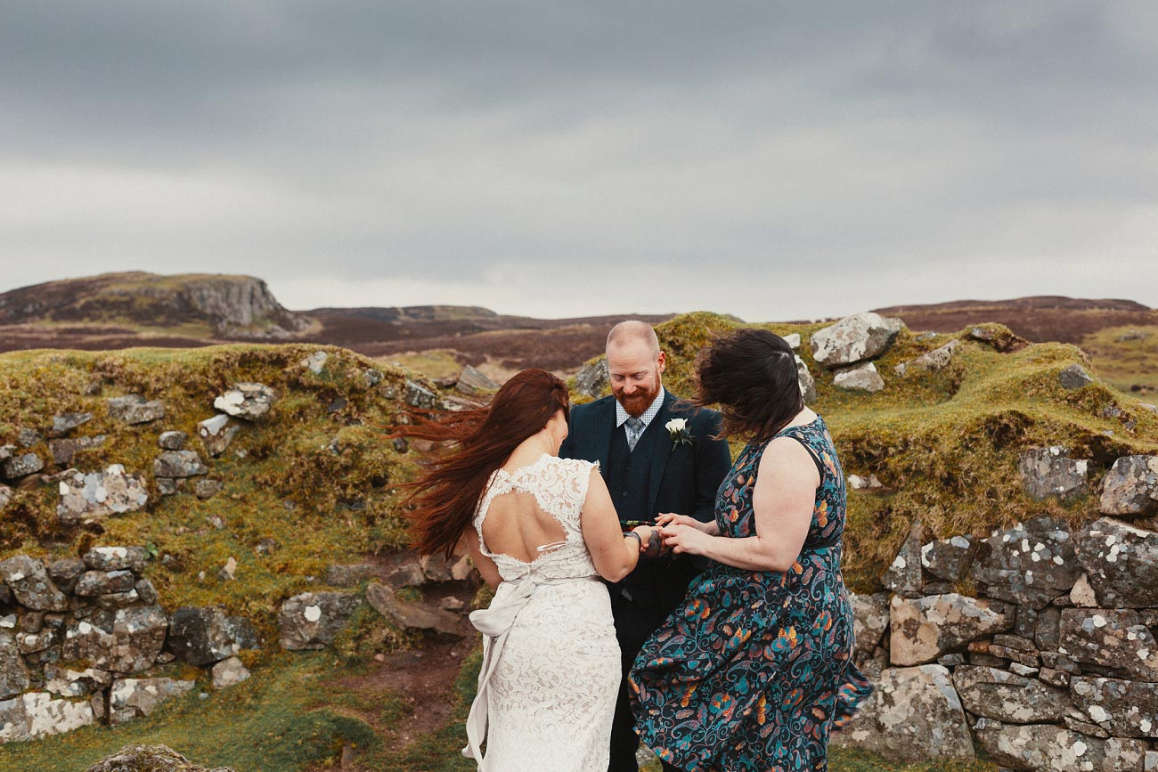 elopement wedding photographer isle of skye scottish highlands scotland 0006