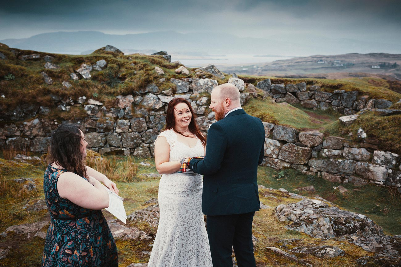 elopement wedding photographer isle of skye scottish highlands scotland 0009