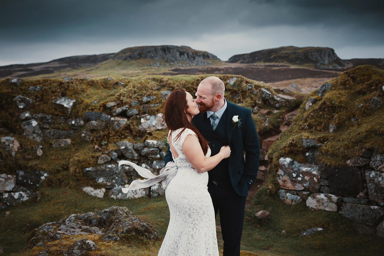 elopement wedding photographer isle of skye scottish highlands scotland 0019