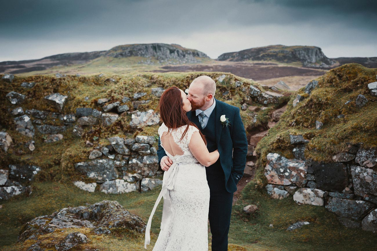 elopement wedding photographer isle of skye scottish highlands scotland 0020