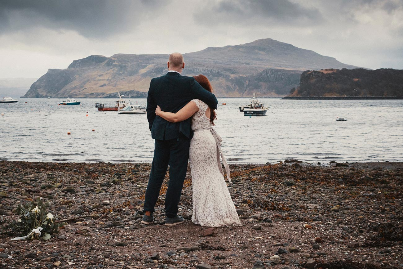 elopement wedding photographer isle of skye scottish highlands scotland 0044
