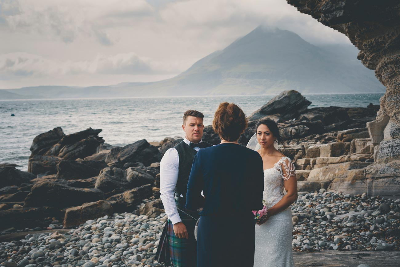 intimate elopement wedding photography isle of skye scotland 0009