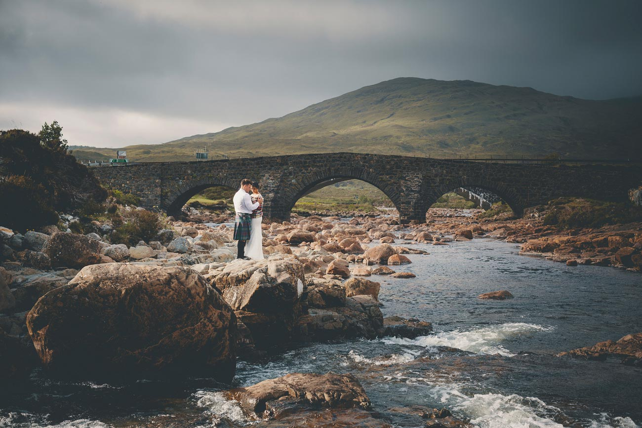 intimate elopement wedding photography isle of skye scotland 0050