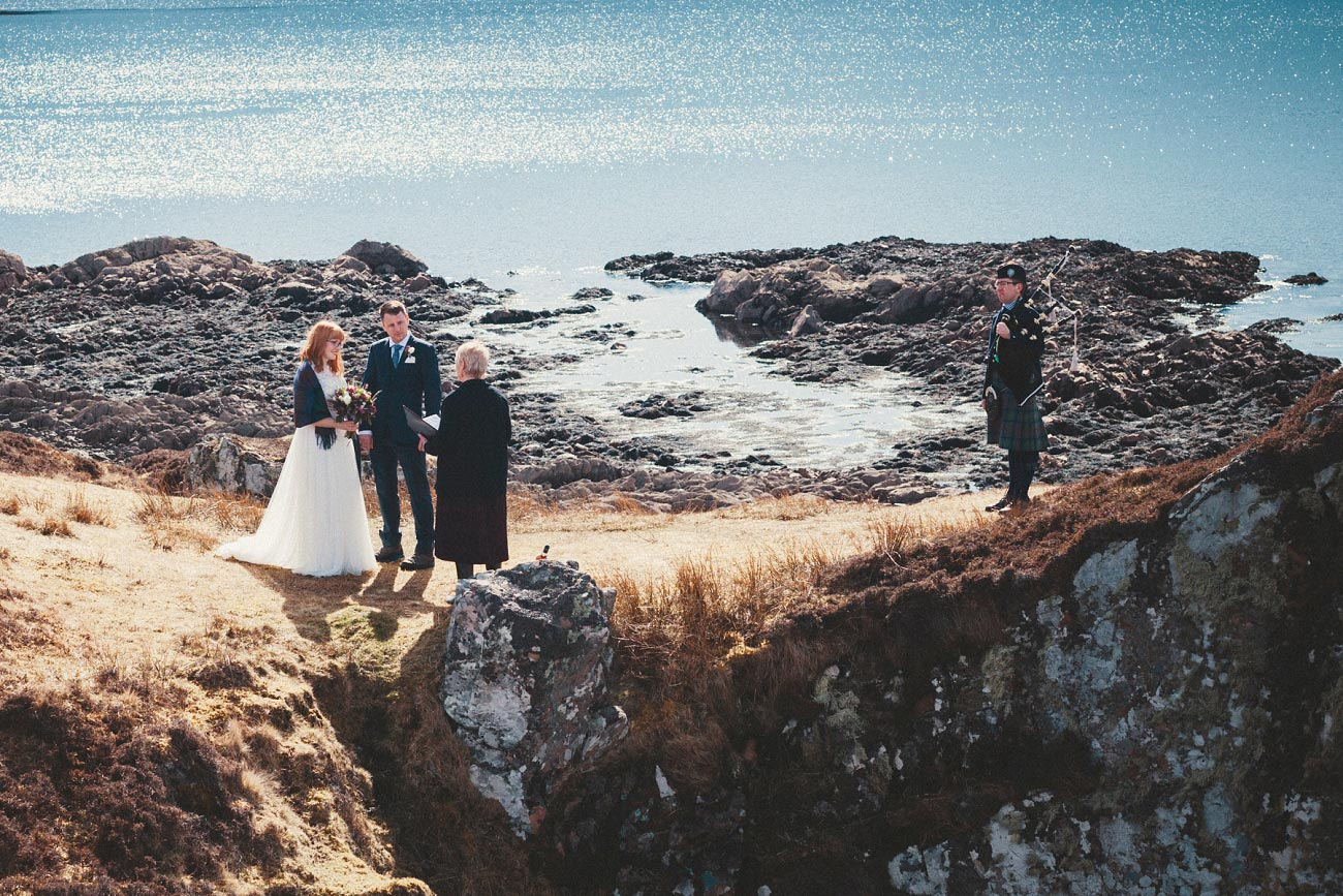 isle of skye elopement wedding photographer scotland dunscaith castle rj 0013