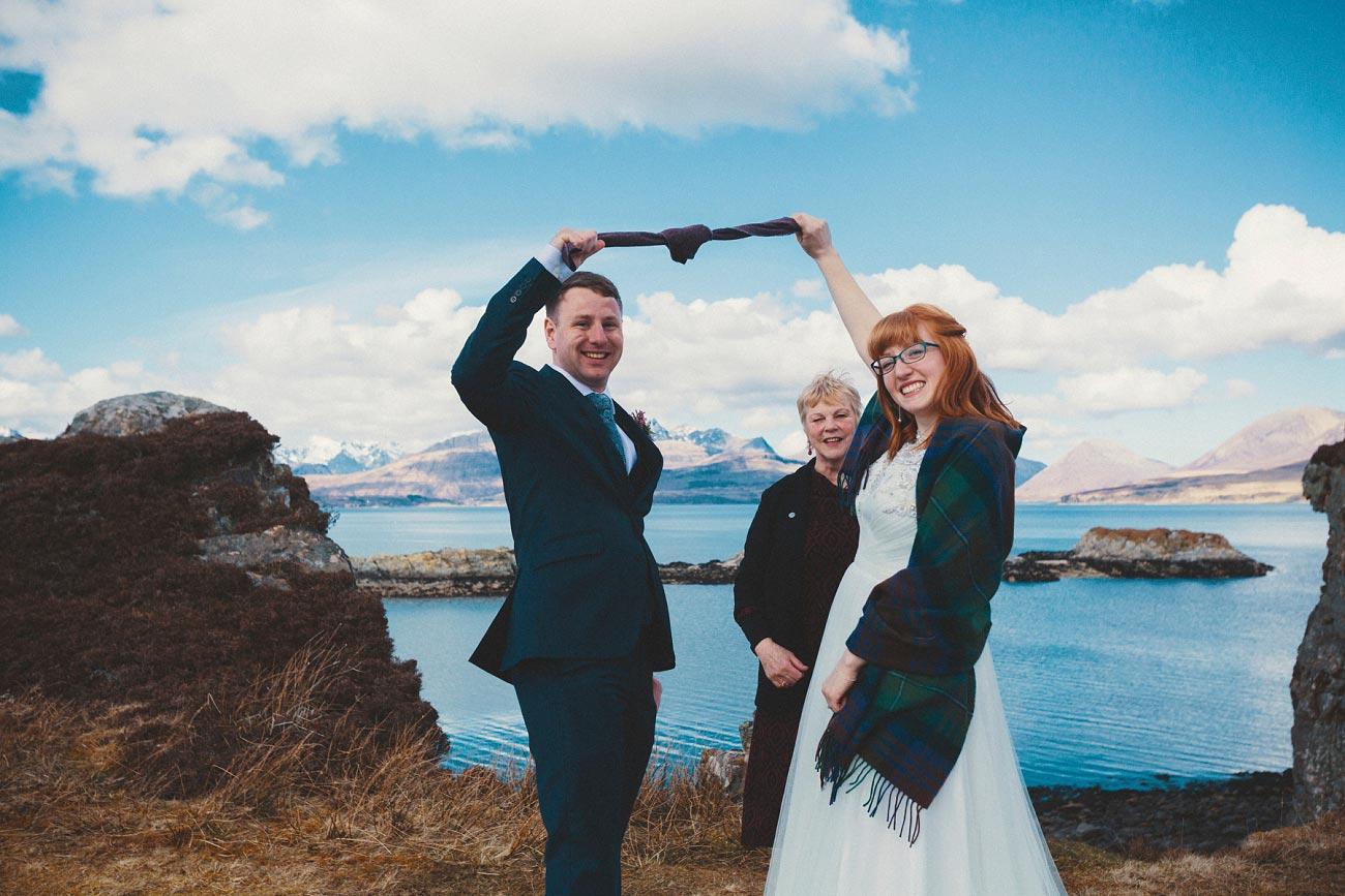 isle of skye elopement wedding photographer scotland dunscaith castle rj 0017