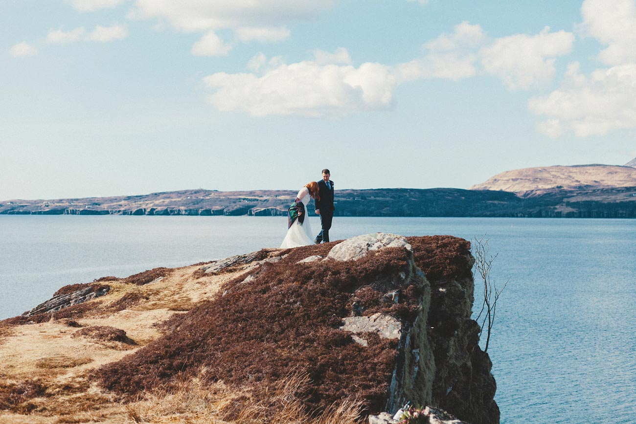 isle of skye elopement wedding photographer scotland dunscaith castle rj 0025