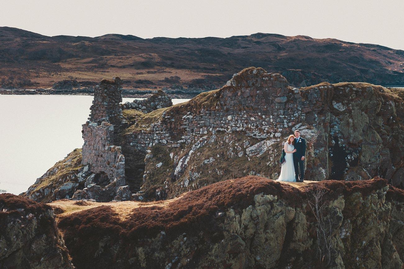isle of skye elopement wedding photographer scotland dunscaith castle rj 0027