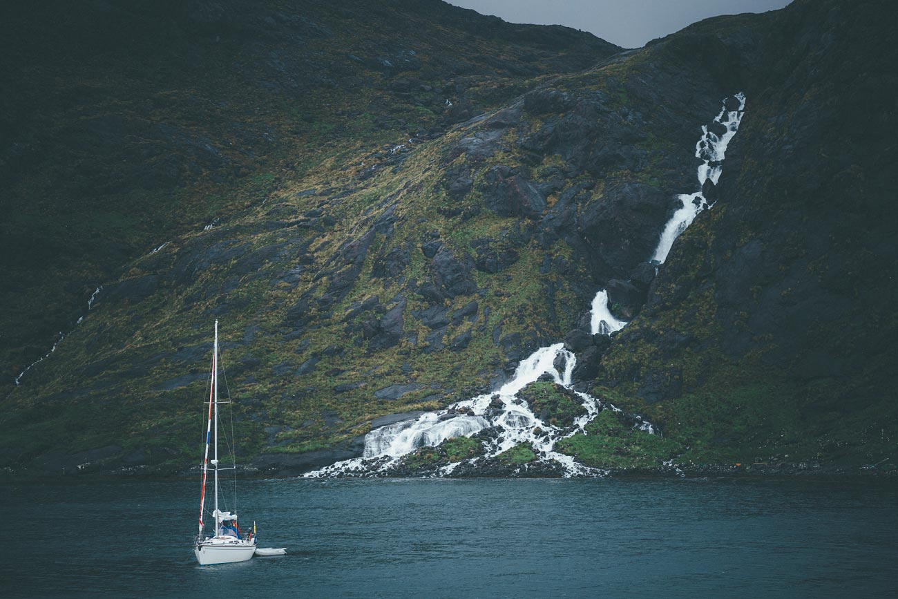 isle of skye wedding photography elopement loch coruisk humanist outdoor weddings scottish highlands 0056