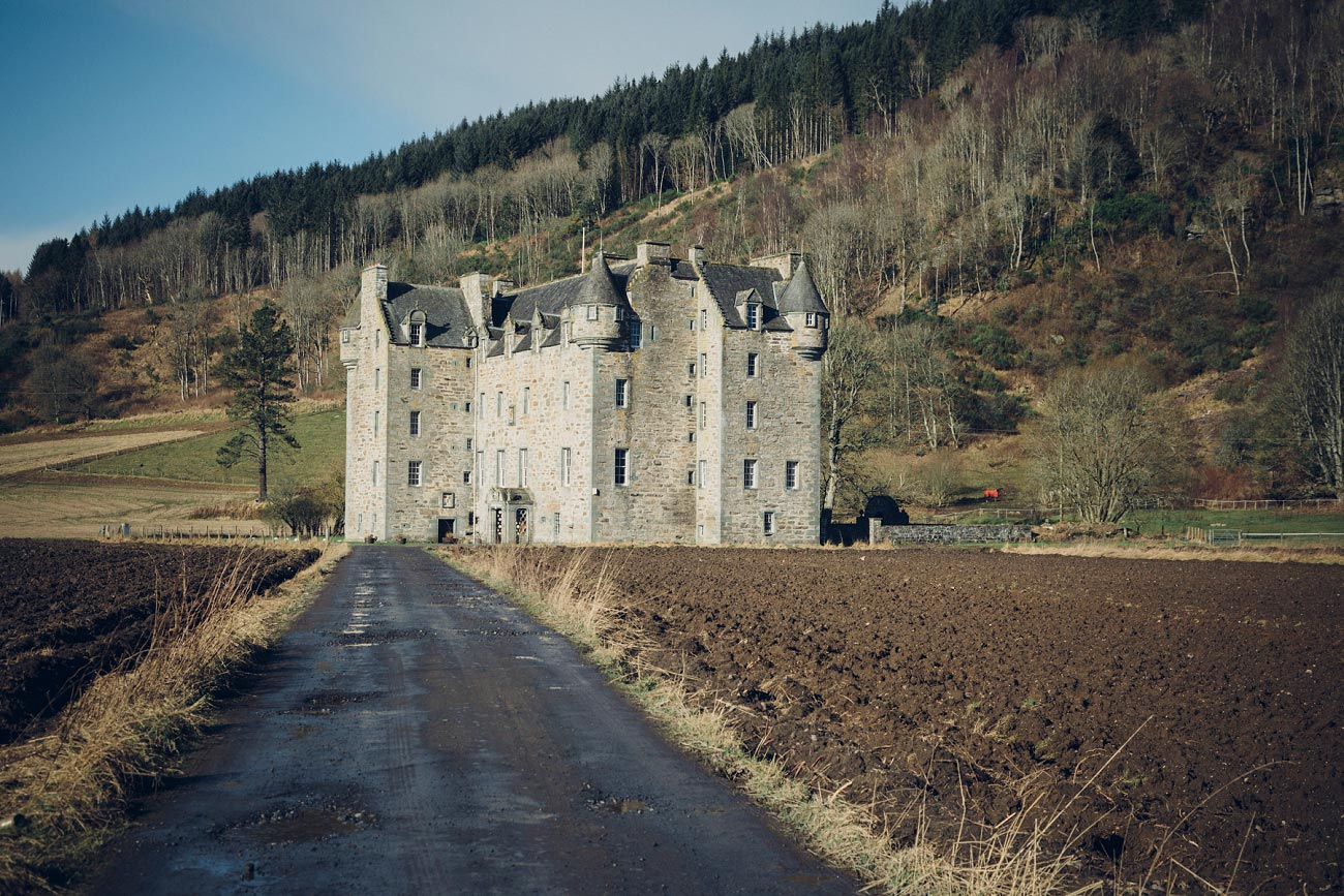 perthshire wedding photography castle menzies scotland scottish highlands 0001
