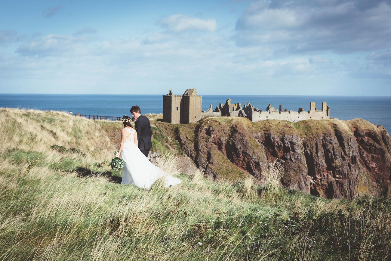 wedding photographer aberdeen scotland raemoir house dunnottar castle 0024