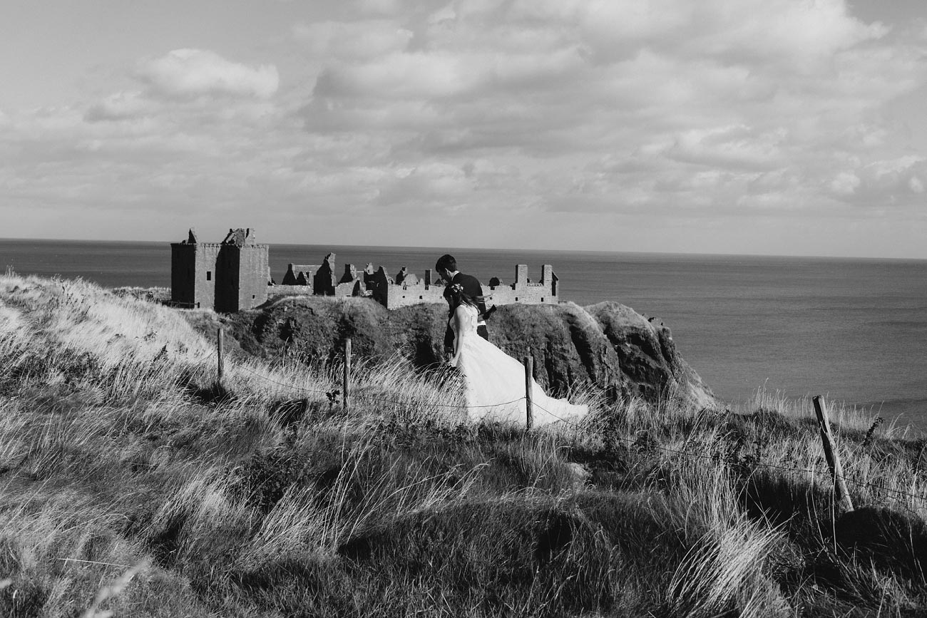 wedding photographer aberdeen scotland raemoir house dunnottar castle 0025