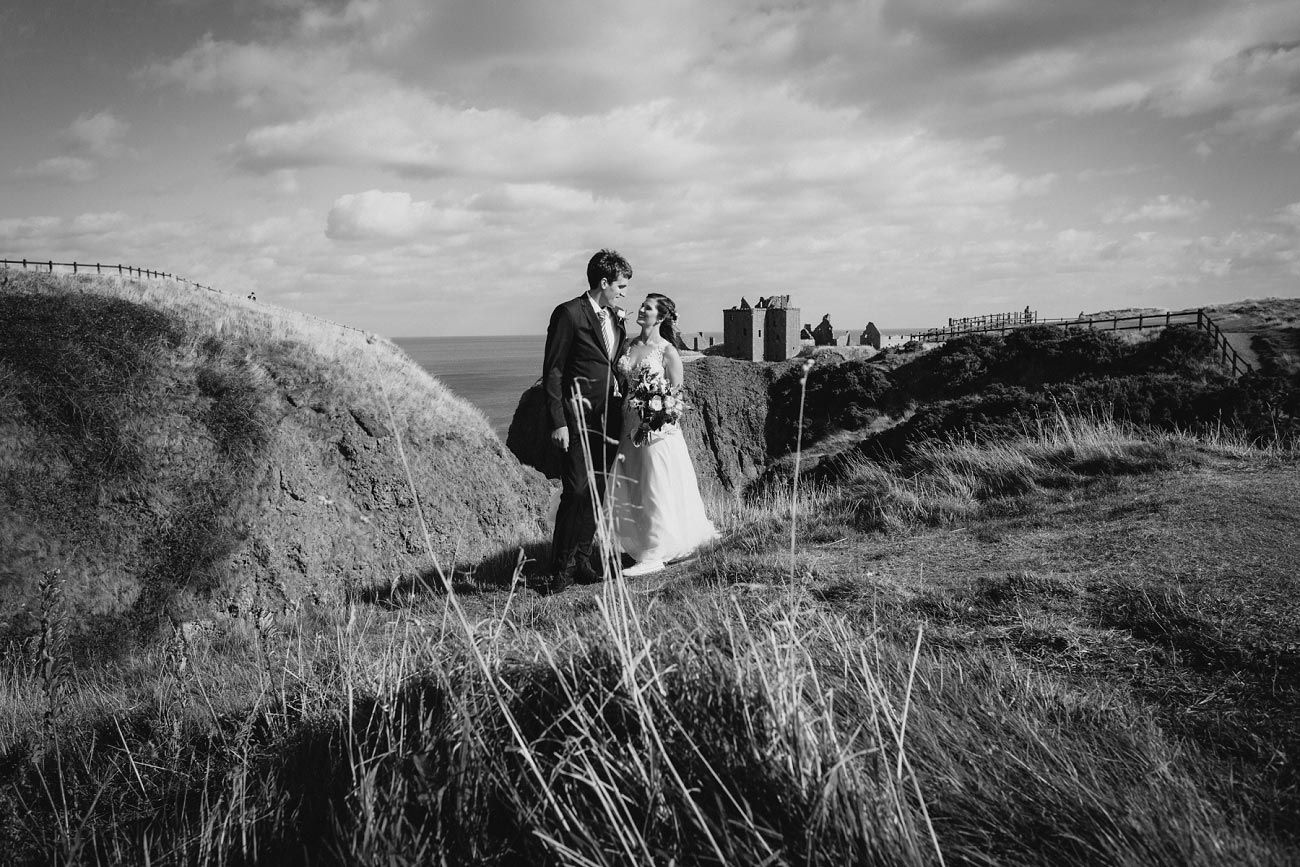 wedding photographer aberdeen scotland raemoir house dunnottar castle 0028