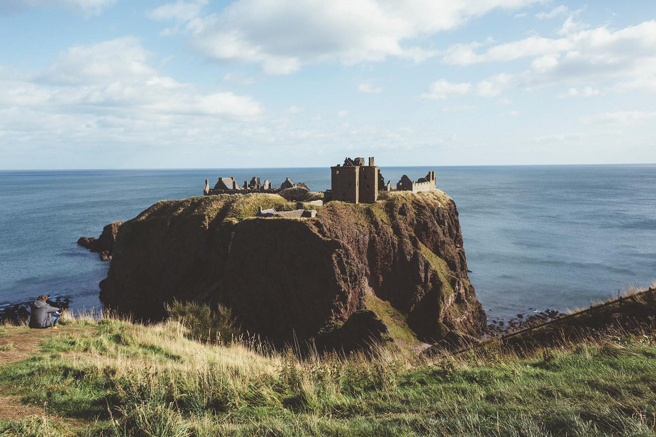 wedding photographer aberdeen scotland raemoir house dunnottar castle 0030