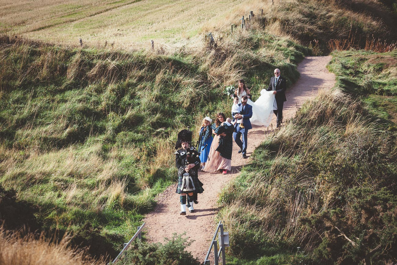 wedding photographer aberdeen scotland raemoir house dunnottar castle 0037