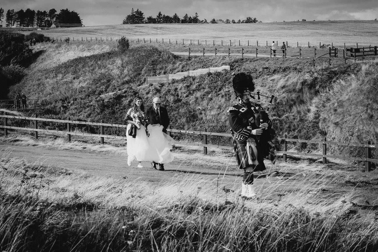 wedding photographer aberdeen scotland raemoir house dunnottar castle 0038