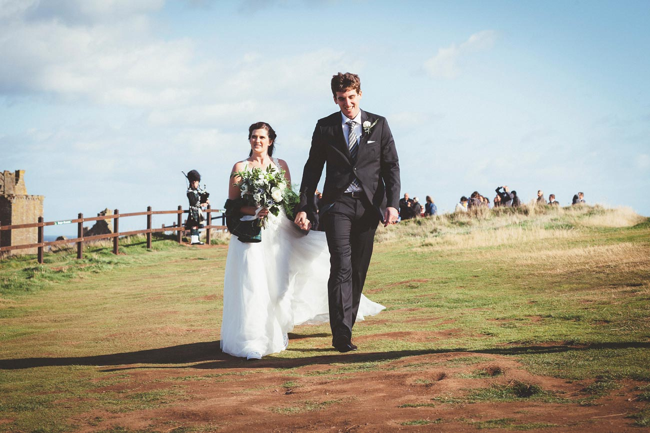wedding photographer aberdeen scotland raemoir house dunnottar castle 0043