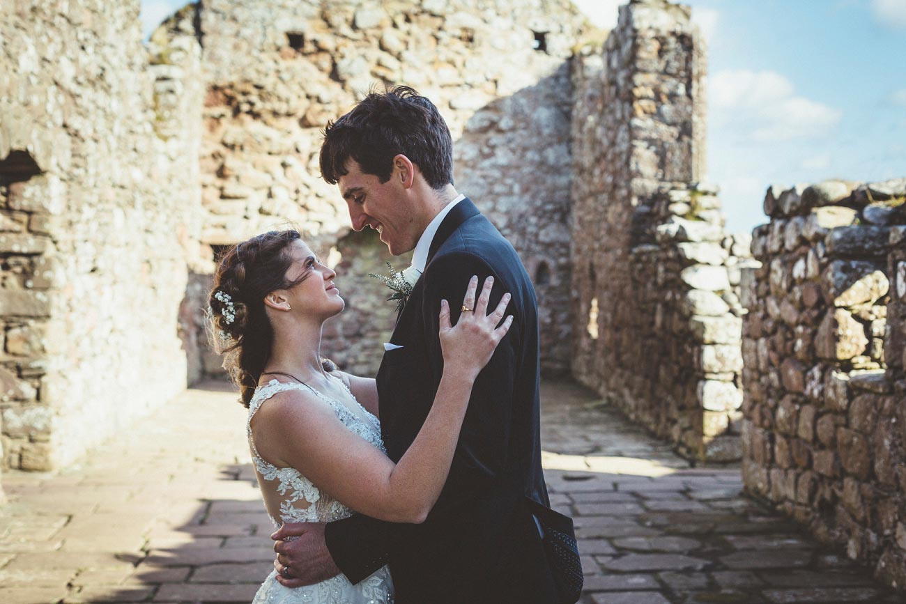 wedding photographer aberdeen scotland raemoir house dunnottar castle 0047