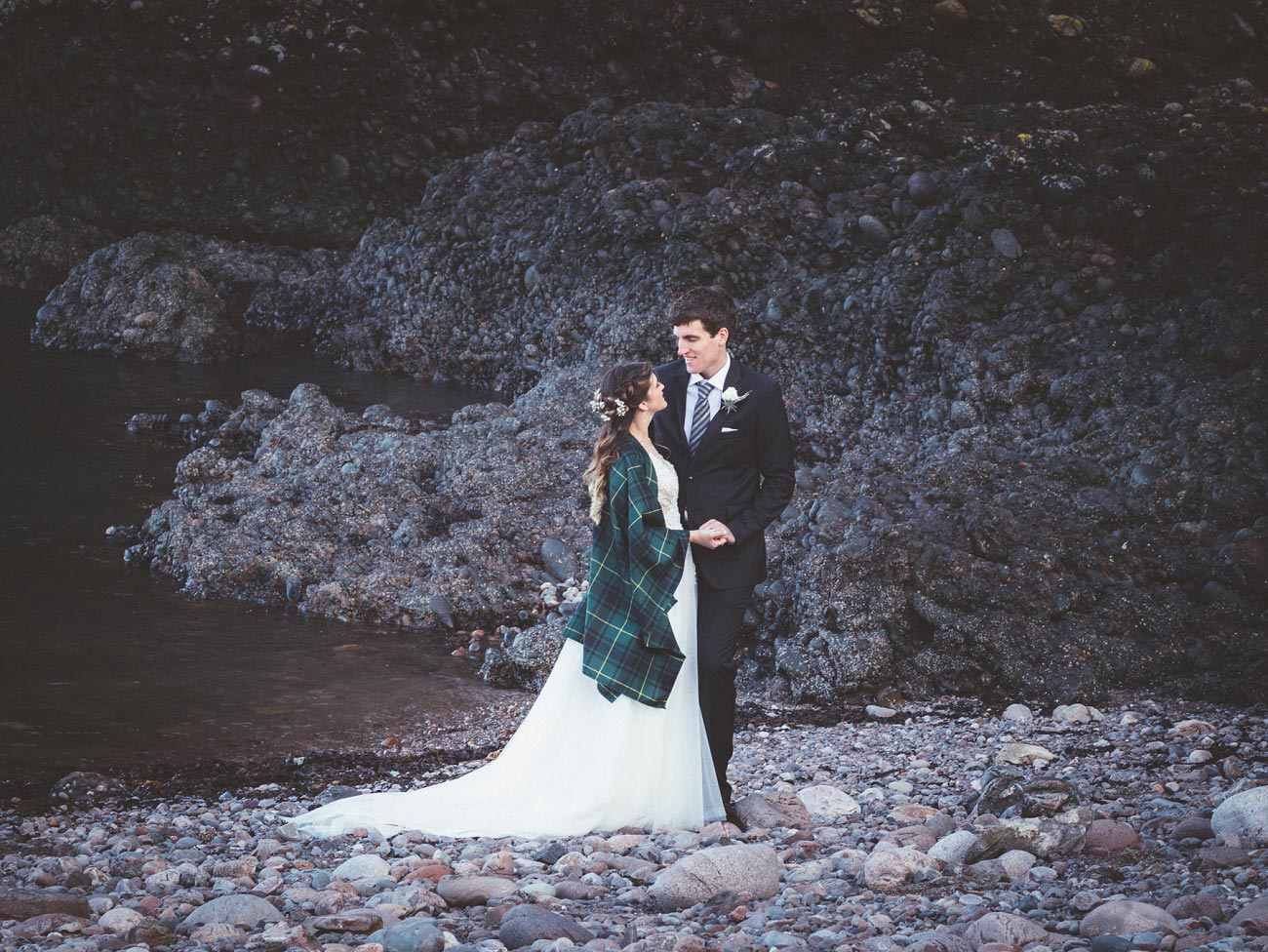 wedding photographer aberdeen scotland raemoir house dunnottar castle 0050