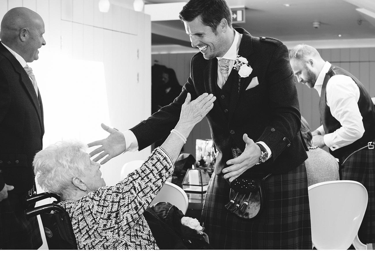 wedding photographer glasgow 29 Royal Exchange square 0010