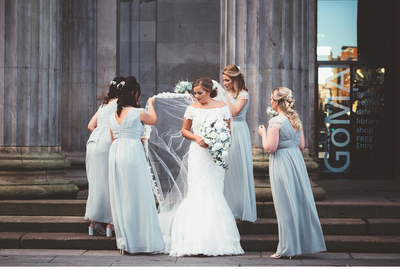 wedding photographer glasgow 29 Royal Exchange square 0040