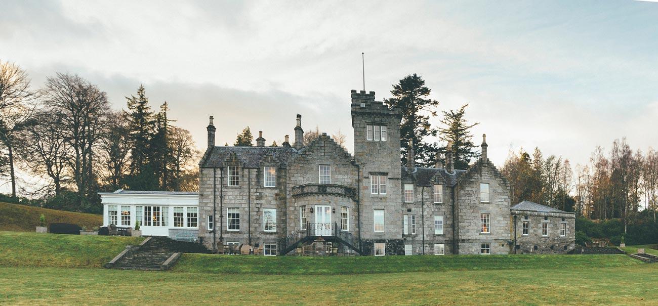wedding photographer highlands scotland glentruim estate cairngorms newtonmore 0001