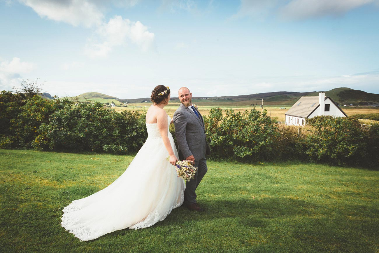 wedding photographer isle of skye fairy glen sp 0010