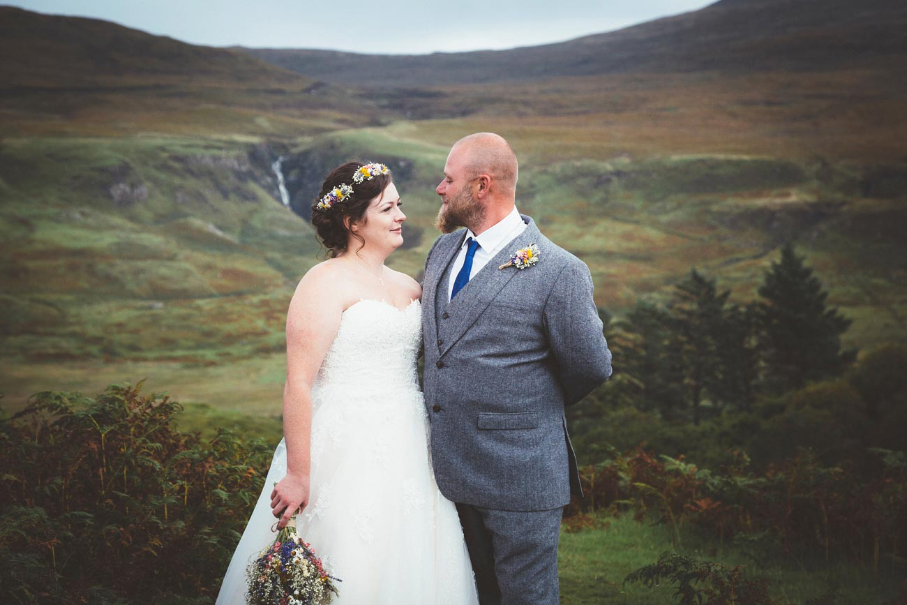 wedding photographer isle of skye fairy glen sp 0022