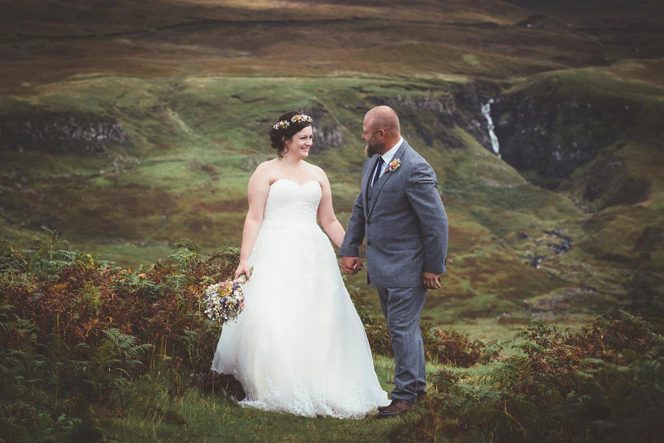 wedding photographer isle of skye fairy glen sp 0023