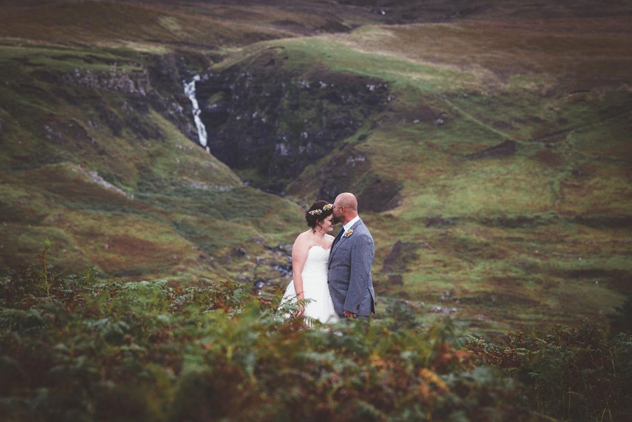 wedding photographer isle of skye fairy glen sp 0025