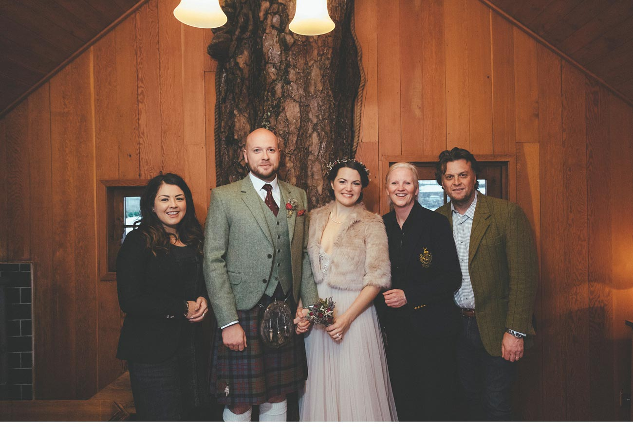 wedding photographer lodge on loch goil elopement outdoor treehouse 0037
