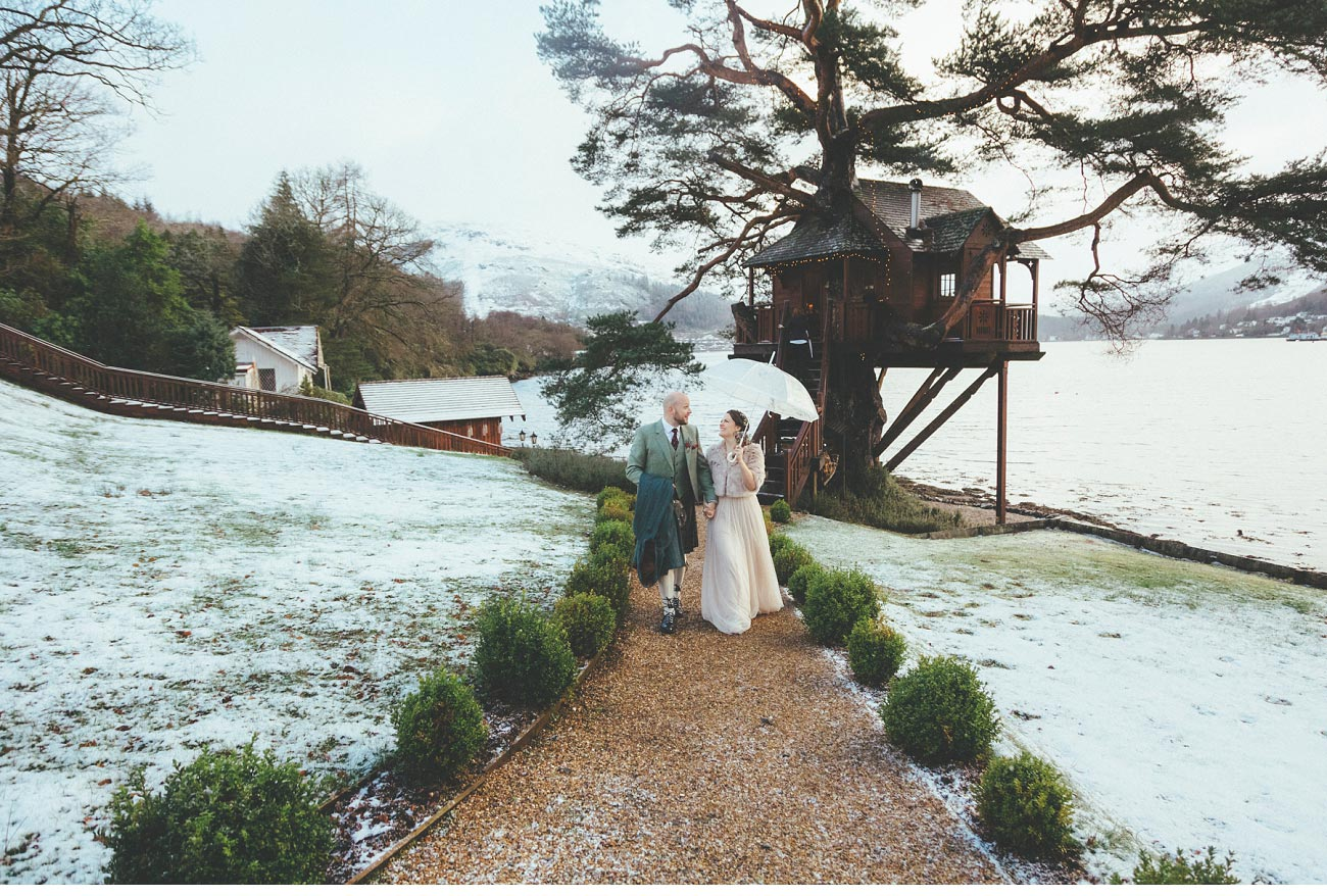 wedding photographer lodge on loch goil elopement outdoor treehouse 0040