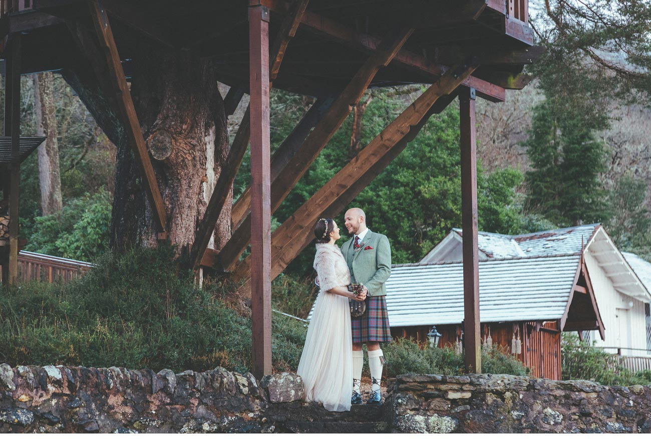 wedding photographer lodge on loch goil elopement outdoor treehouse 0045
