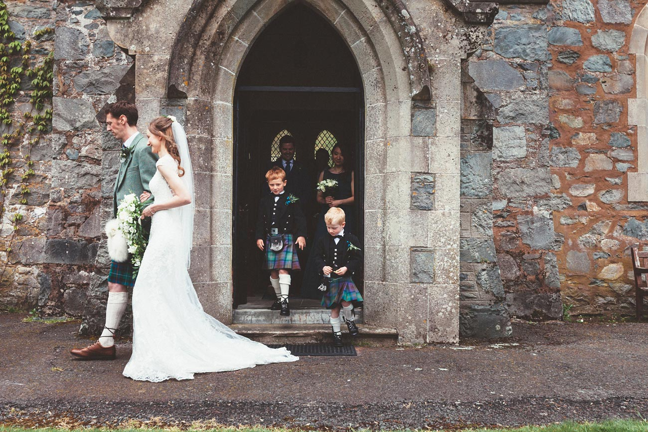 wedding photographer trossach kirk church roman camp hotel callander scotland 0060