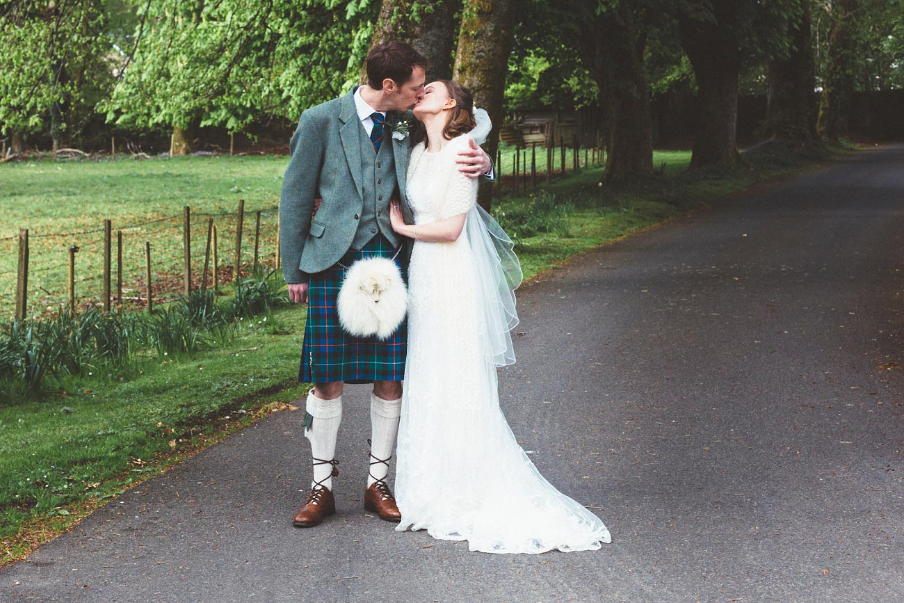 wedding photographer trossach kirk church roman camp hotel callander scotland 0078