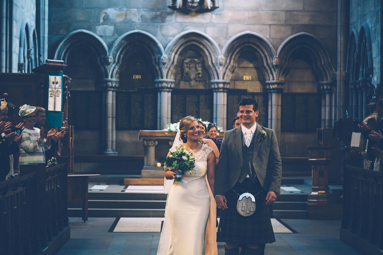 wedding photography glasgow university chapel oran mor reportage 24