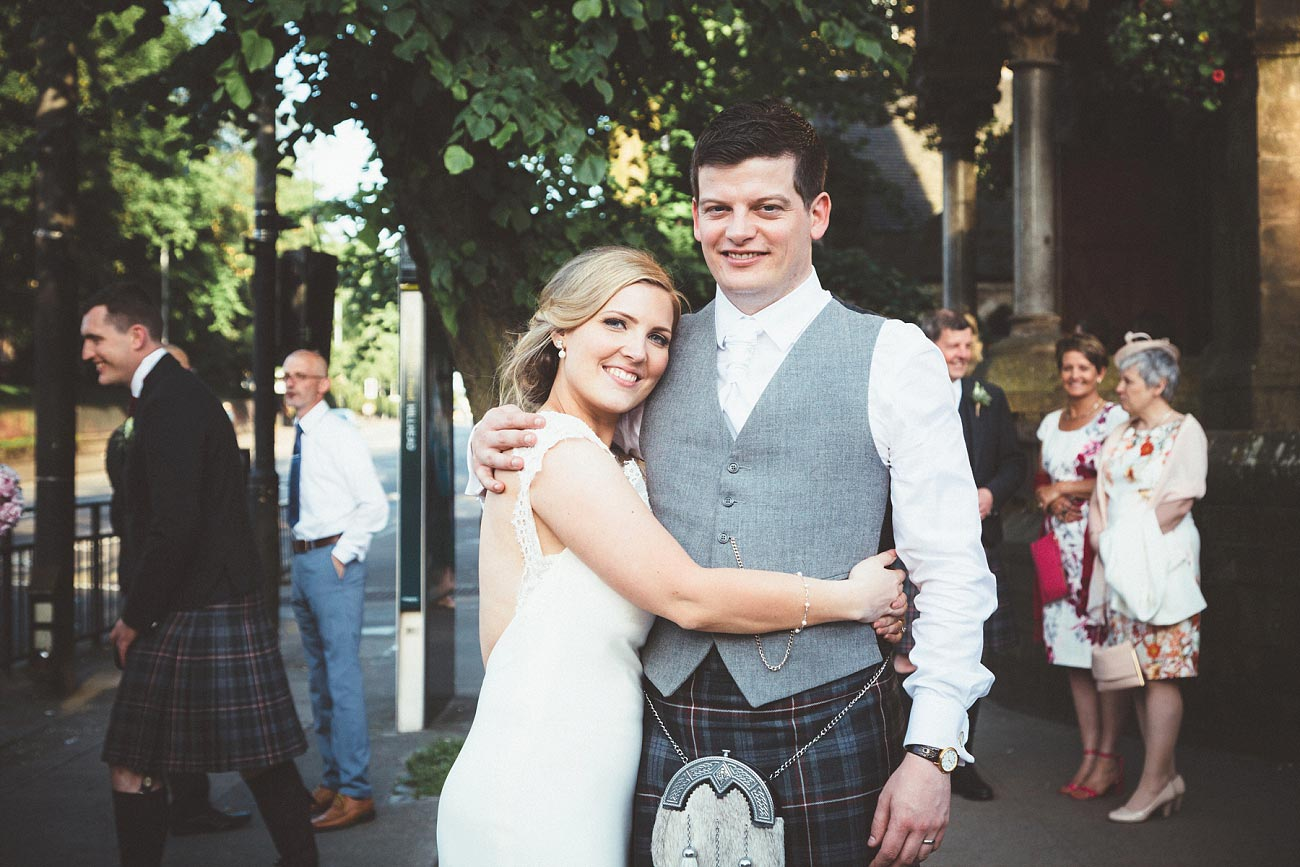 wedding photography glasgow university chapel oran mor reportage 49