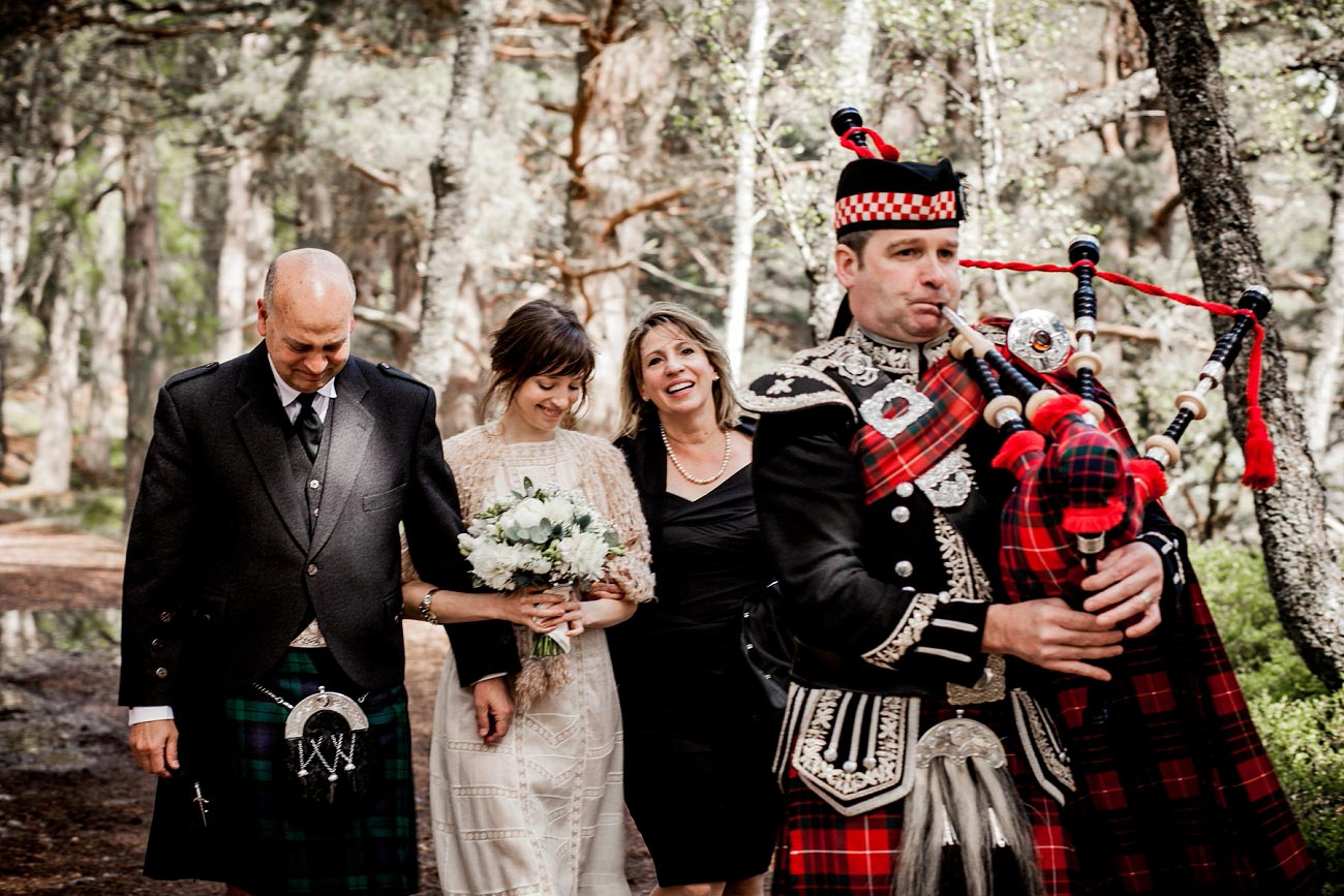 Forest wedding photography Rothiemurchurs, Cairngorms, Scottish Highlands