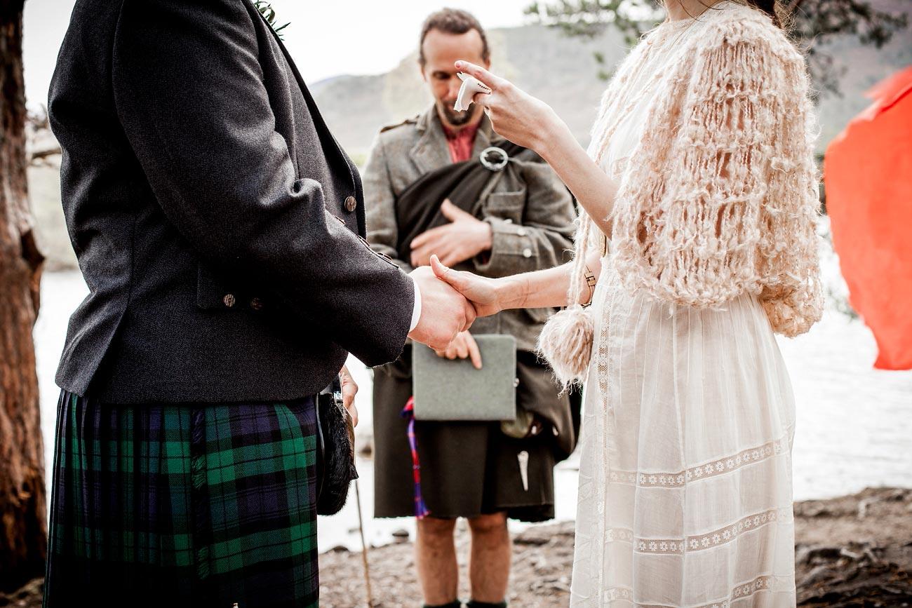Lochside wedding ceremony, loch an eilen, Rothiemurchurs