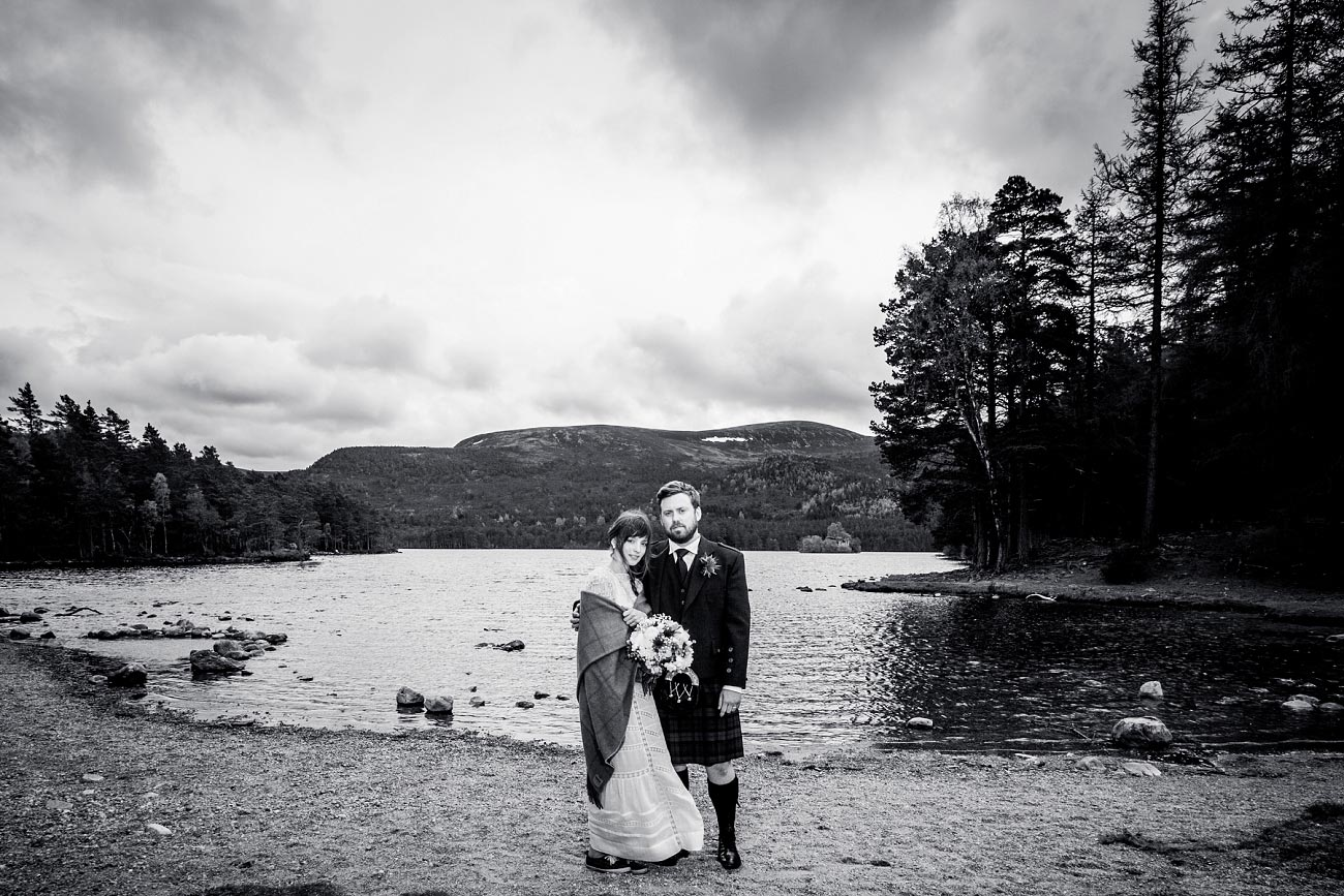 forest wedding photography scotland dell of abernethy cairngorms 0059
